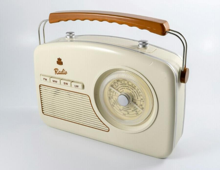 GPO Rydall Four Band Radio Cream