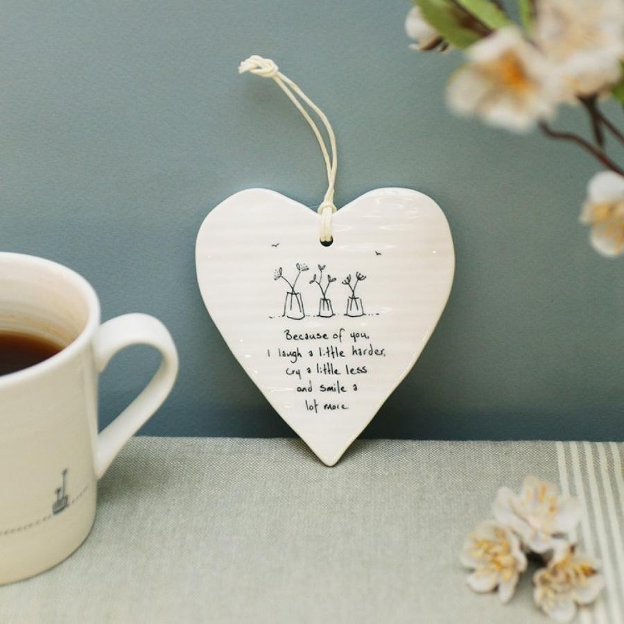 East of India - Wobbly porcelain hanging hearts
