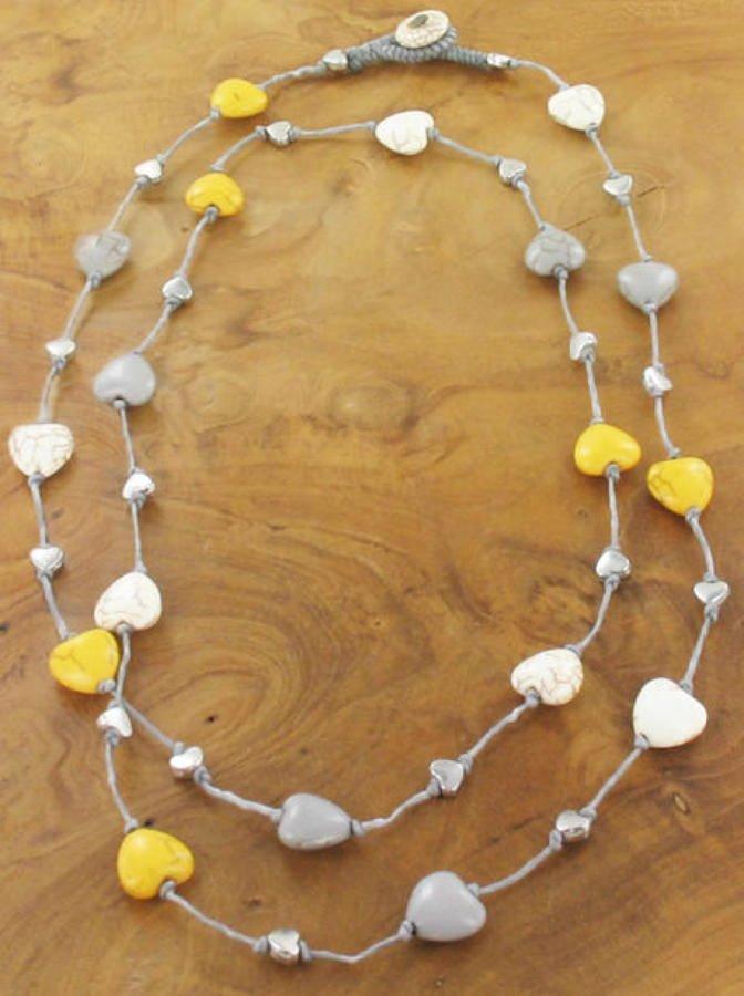 Suzie Blue - Long stone heart necklace - Mustard, grey&cream