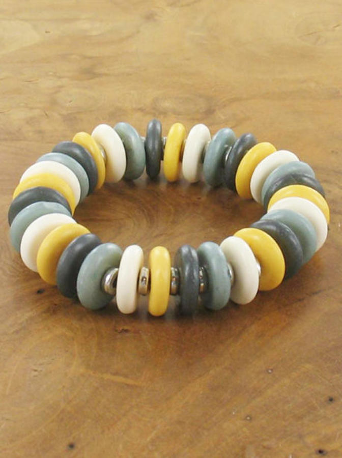 Suzie Blue - Elasticated bone disc bracelet - Yellow