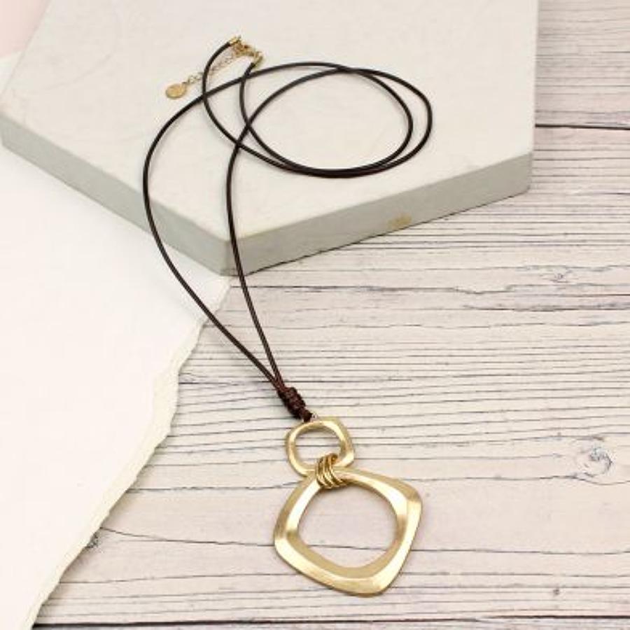 POM - Worn gold square/hoop pendant