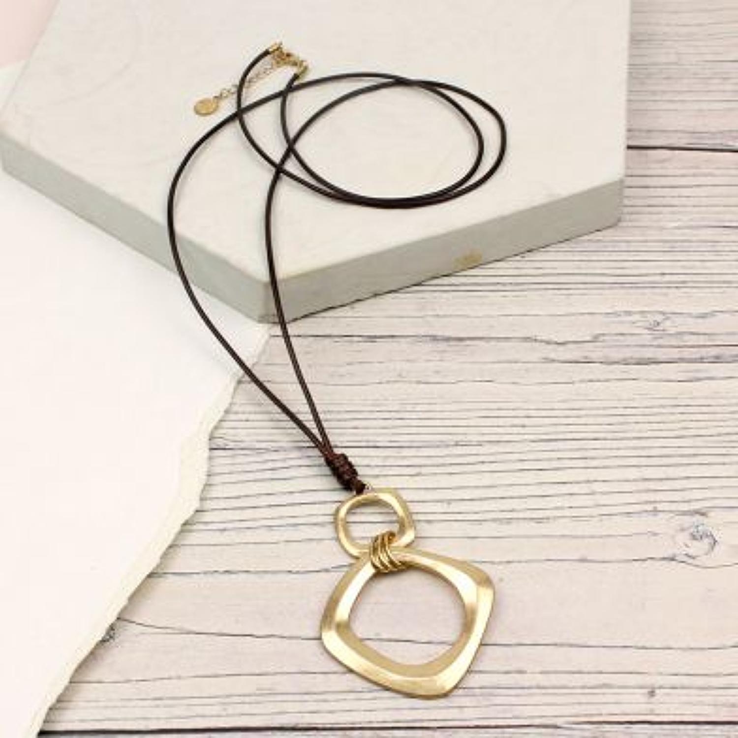 POM - Worn gold square/hoop pendant