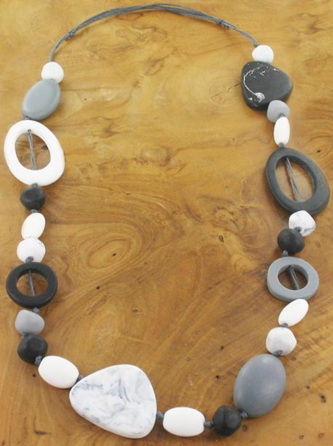 Suzie Blue - Long mixed shape resin necklace -Black & white - Adjustab