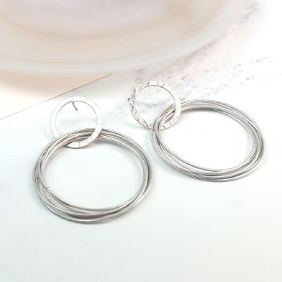 POM - Worn silver interlinked large earrings