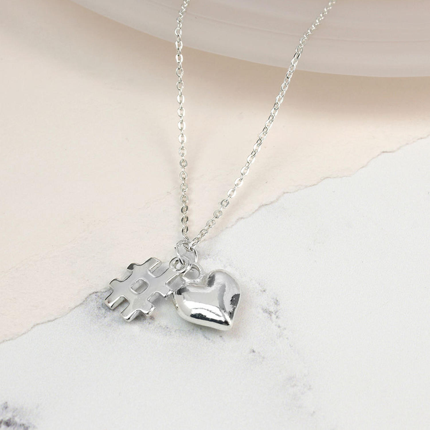 POM - Symbol & heart silver plated necklace