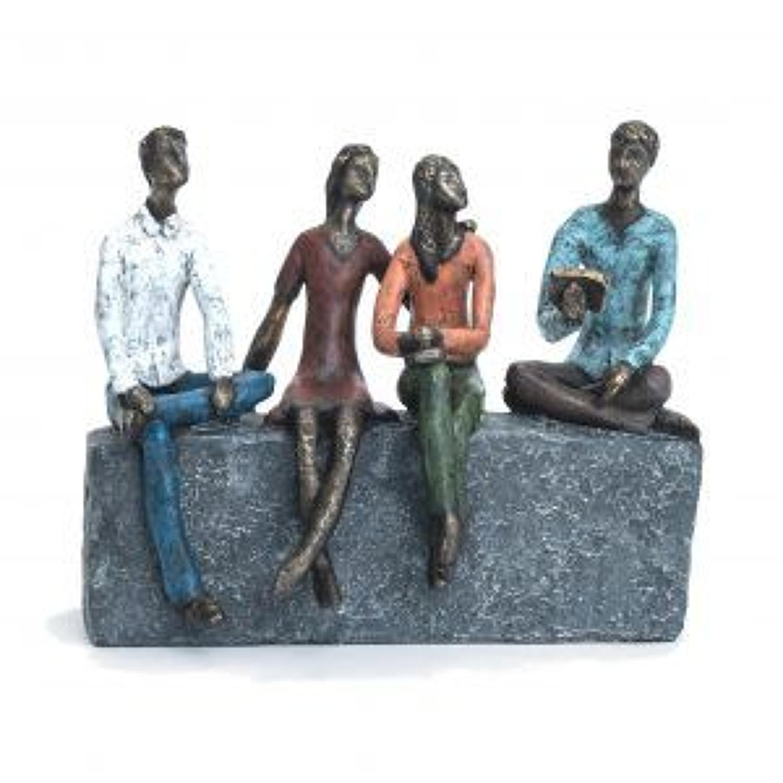Just good friends sculpture