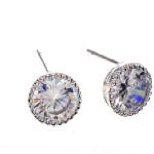 J & L - Glass stud earrings