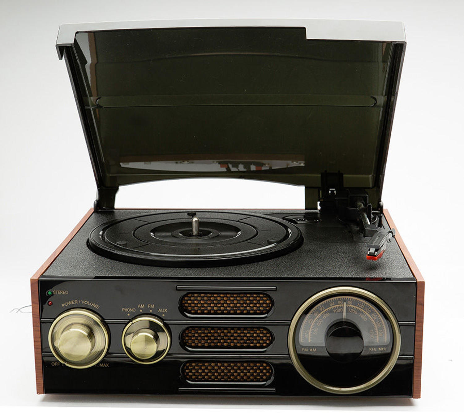 Empire - A retro styled 3 speed record player