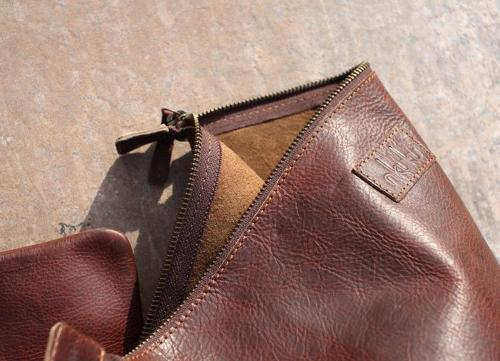 Nkuku - Pambia small leather pouch - Dark tanned