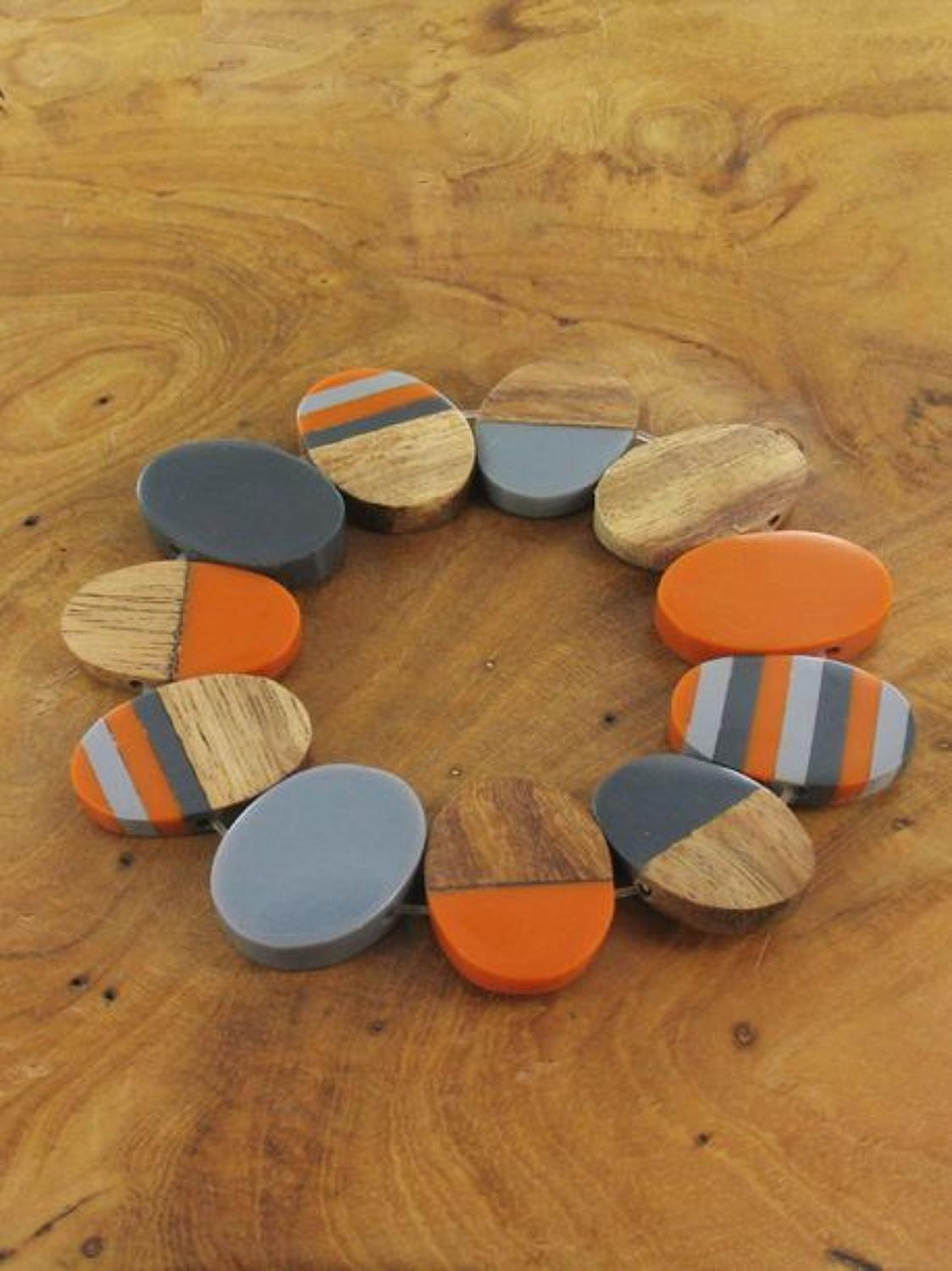 Susie Blue - Resin wood oval bracelet - orange/grey/wood