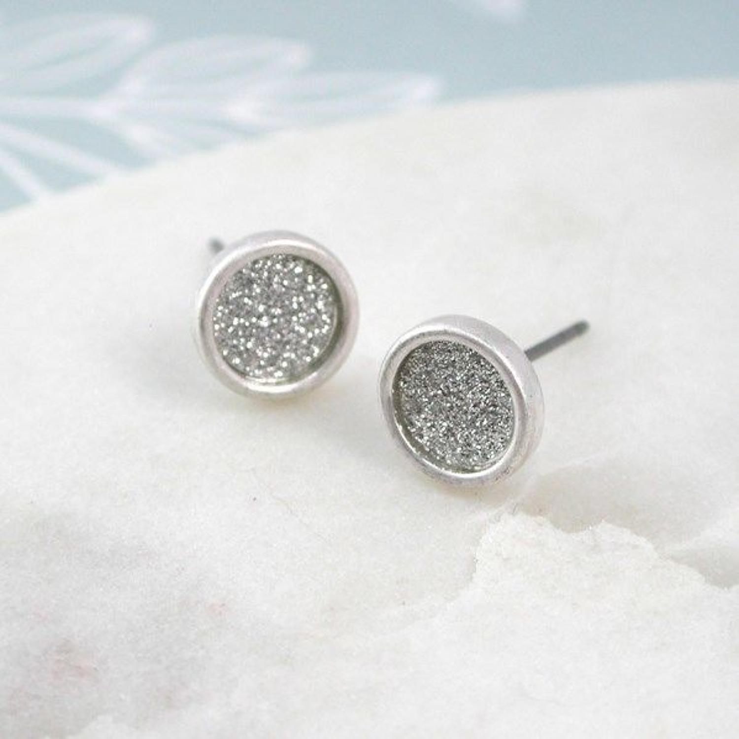 POM - Sparkle disc stud earrings in a worn silver finish