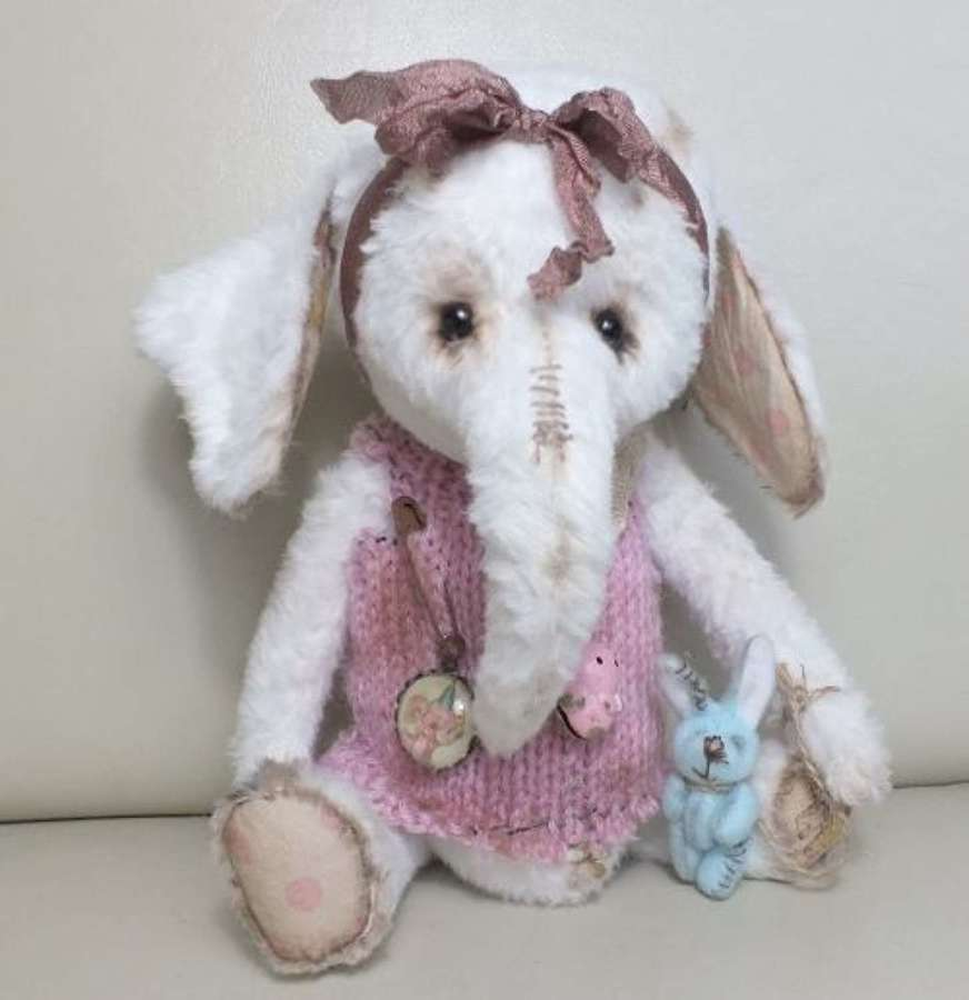 Ragtail & tickle - Preshuss- baby elephant with bunny toy