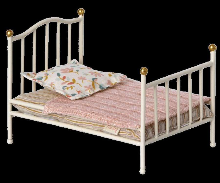 Maileg- vintage metal bed with bedding